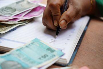 Wie hulp vraagt bij geldproblemen is juíst krachtig